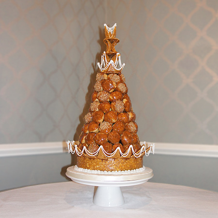 profiterole tower wedding cake traditional croquembouch tower of profiteroles newbury 18800